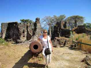 Slave ruins at Jufureh