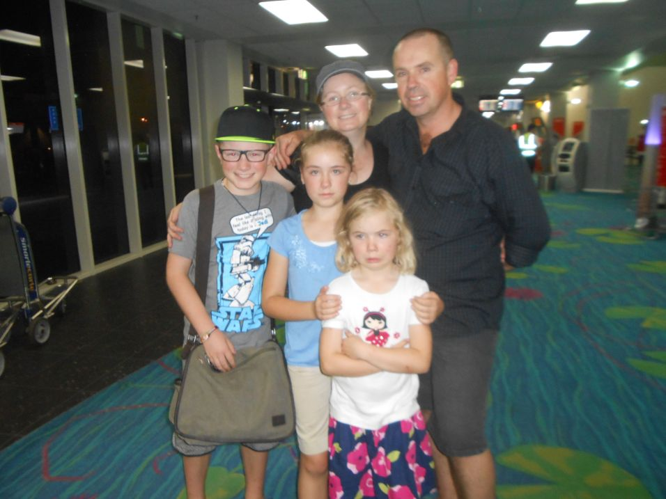 Sad goodbye's at the Darwin airport