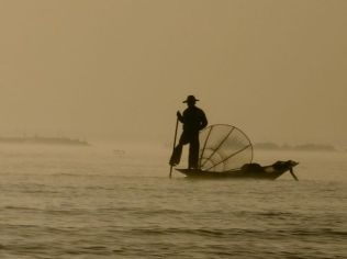 One-legged rowing fisherman at Lake Inle